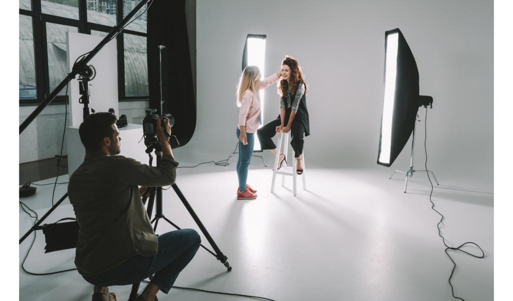 Professional photographers - legendary social media