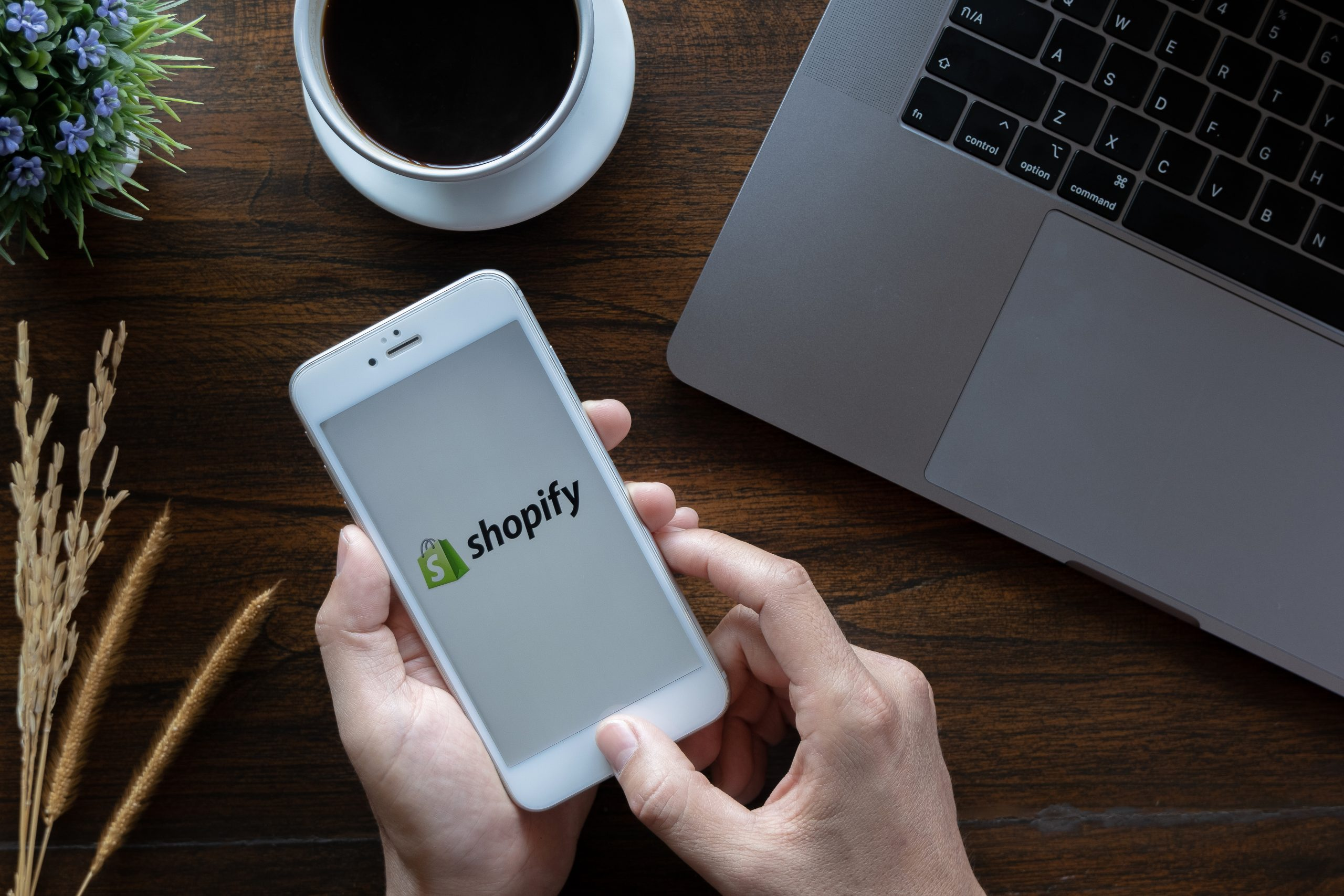 5 Shopify Apps that help increase checkouts